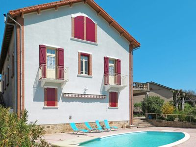 Photo for 3 bedroom Villa, sleeps 6 in Lacapelle-Ségalar with Pool and WiFi