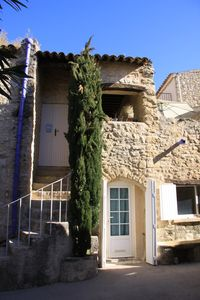 Photo for House at the foot of the Luberon