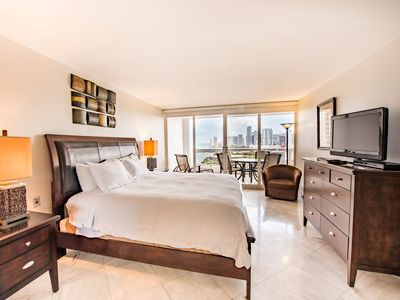 Photo for ⭐Premium One Bedroom Condo with complimentary VALET parking ⭐#2755