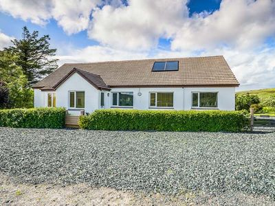 Photo for 4BR Cottage Vacation Rental in Aultbea