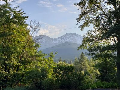 Photo for 2BR House Vacation Rental in mt shasta, California