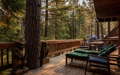 Upper level deck with Hot Tub, Gas Grill & Outdoor Dining (warmer months only)
