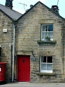 Thimble Cottage - a traditional stone cottage with woodburner and wifi.