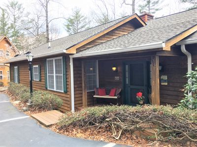Photo for Secluded Villa, 3 Minute Walk to Gorgeous Lake, Bald Rock & Walking Trails