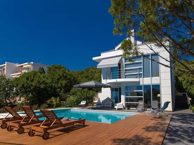 Photo for Modern villa with private pool and jacuzzi,350m distant from the sea !