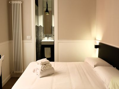 Photo for Toledo Boutique Rooms - Toledo 3 - Bed&Breakfast for 3 people in Napoli