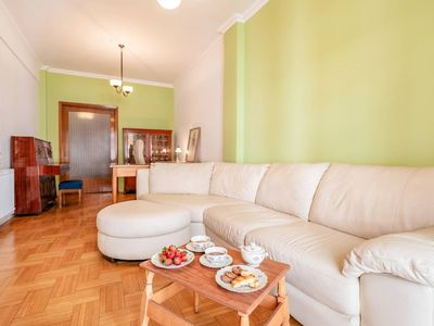 Photo for Comfortable and classy apartment by the sea, in the heart of Thessaloniki