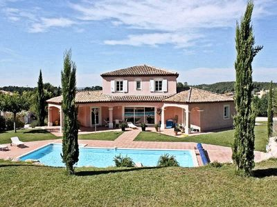 Photo for 4BR Villa Vacation Rental in CABRIES, Provence