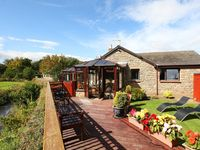 Lovely, homely and comfortable cottage with an exceptional garden and location.