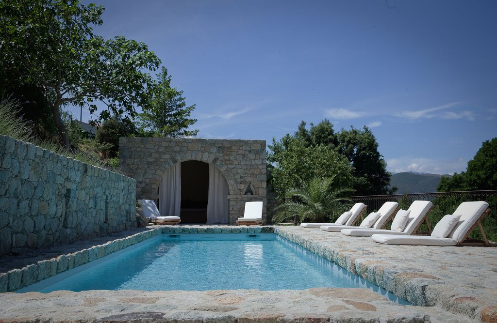 In the heart of balagne beautiful traditional building for Virtual pool builder