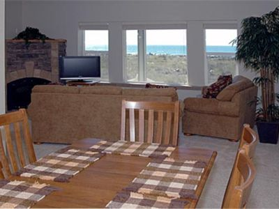 Photo for Paradise Point, Just steps away from the ocean is this oceanfront home