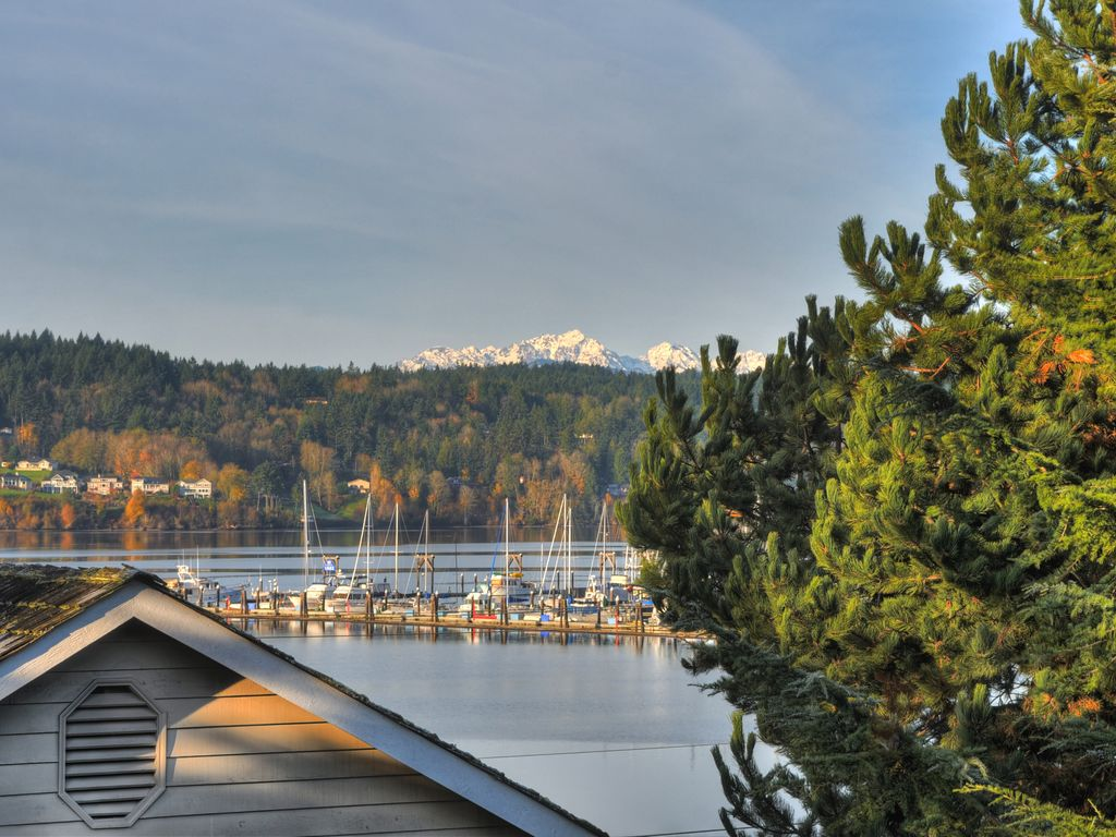 Walking Distance To Downtown Poulsbo Vrbo