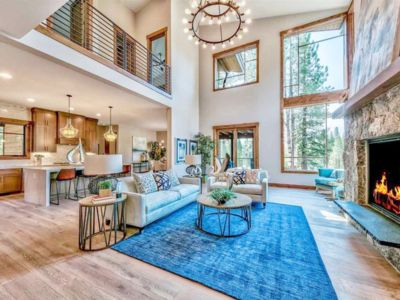 Photo for Tree Tops Mountain Retreat 4bed/3.5bath_Hot Tub Two Masters