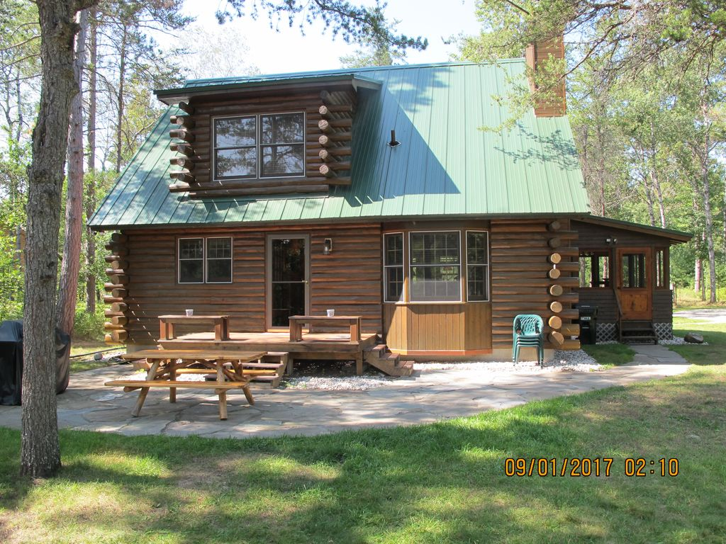 Boardman river traverse city log cabin your fishing for Fishing cabins in michigan