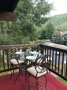 Photo for Bright open condo with big deck,  1 bed 1 bath, sleeps 4