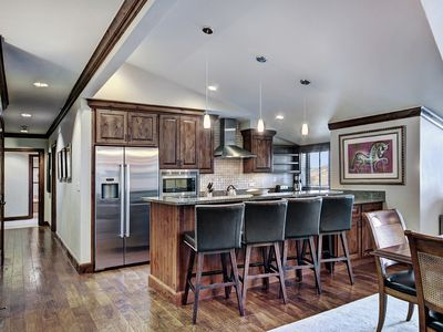 Photo for Private 3Br Residence In Vail Village with Full Kitchen