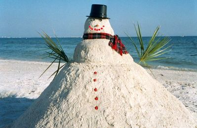 Sanibel's Sandman brings you a dream! Kick off your shoes and stroll the beach.