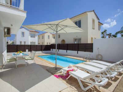 Photo for PD35 Clematis - Three Bedroom Villa, Sleeps 6