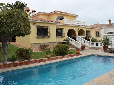 Photo for Typical Spanish villa, perfect for 2 families, Saltwater Pool, Wi-Fi Internet