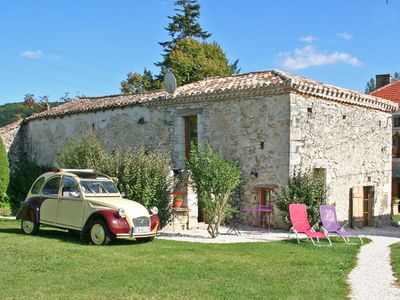 Photo for Cottage charming Isabelle for 2 people with swimming pool Midi Pyrenees