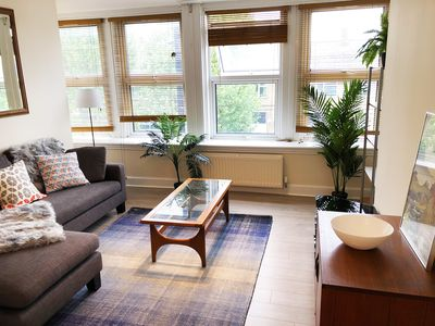 Photo for *New Listing* Fab two bedroom, sleeps 6 in Zone 2-close to tube