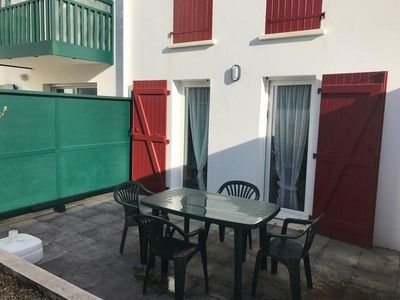 Photo for Apartment Saint-Jean-de-Luz, 2 bedrooms, 4 persons