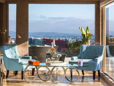 Photo for Gorgeous Modern 4 bedroom with city views above Famous Sunset Blvd