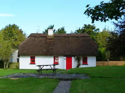 Photo for Detached Thatched Cottage for 4/6