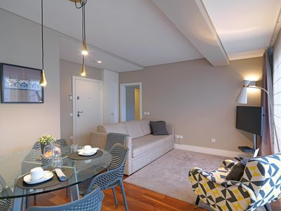 Photo for New Oporto 522 apartment in Sé with WiFi & air conditioning.