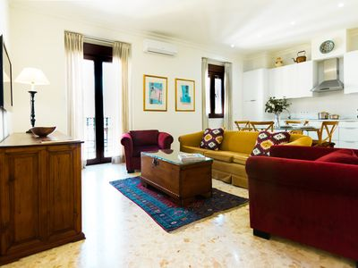 Photo for 2BR Apartment Vacation Rental in Sevilla, Andalucia