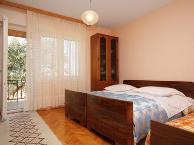 Photo for Two bedroom apartment with terrace and sea view Slatine, Čiovo (A-5998-d)