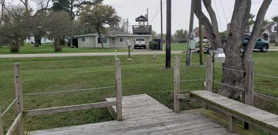 3 Bedroom House on the Water with lighted Fishing Pier