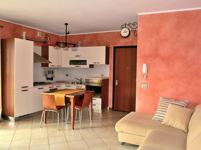 Photo for Wonderful Desenzano. Holiday home a few steps from Lake Garda