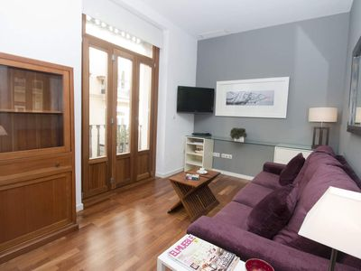 Photo for TRIN 1. 1 Bedroom Apartment with balcony. Old Town. Valencia.