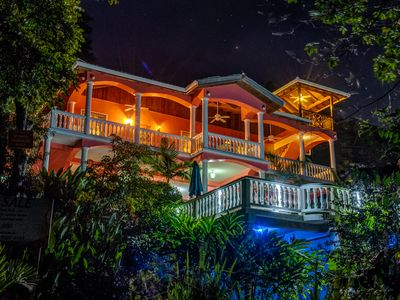 Photo for Seaside Inn : Macaw King Suite - Private Pool! West Bay Beach!