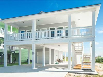 Blue Oyster is your BEACH house Getaway! POOL! BOAT PARKING!