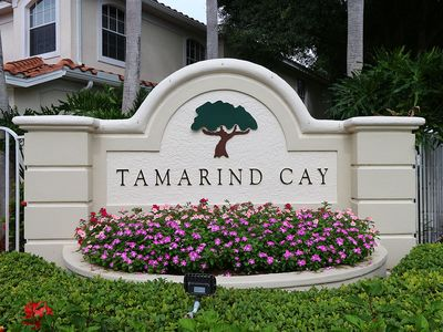 Photo for Lovely Spacious Fort Myers Condominium - Sunny Days in Tamarind Cay