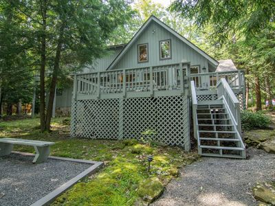 Photo for Angler's Cove- 4 Bedroom w/ Loft Lakefront Home along Quiet Section of the Lake