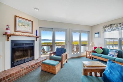 Welcome to beautiful Ocean East 1 on Chincoteague Island.