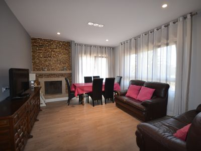 Photo for Holiday rental house located in Portonovo (Sanxenxo) at 300 m. of the beach