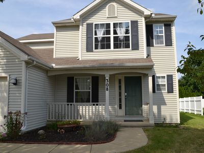 Photo for Deluxe 3 bedroom home near U of I