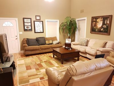 Photo for Welcome to comfy getaway home.