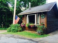 Charming comfortable wonderful cottage! Great host!