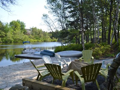 Lake front fireplace hot tub pool table homeaway for Long pond pa cabin rentals