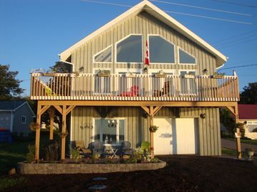 Beautiful Apartment on Brier Island