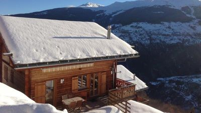Photo for Chalet panoramic view in the sun, terrace, sauna, 4 Vallées area and trails