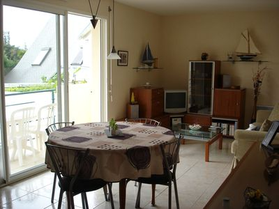 Photo for 2 bedroom apartment 2 steps from shops, harbor and beach