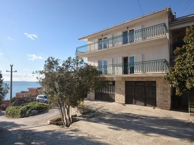 Photo for Apartment in Suhi Potok (Omiš), capacity 4+4