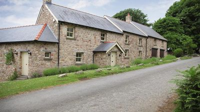 Photo for Nicholaston Cottage - Four Bedroom House, Sleeps 8