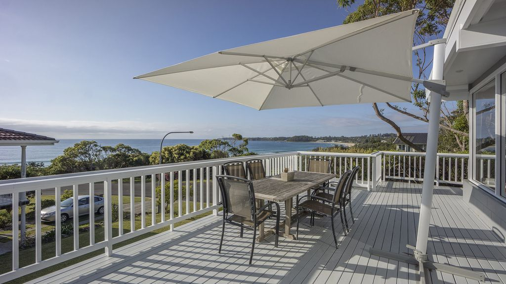 Mitchell pde 116 mollymook nsw 403836782 for Appello di marciapiede cottage